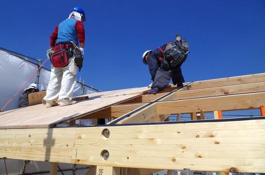 屋根構板の施工